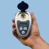 Digital handheld-refractometer